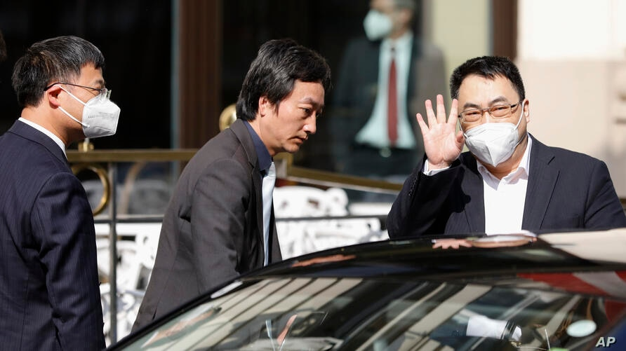 The ambassador of the Permanent Mission of the People's Republic of China to the United Nations, Wang Qun, leaves the 'Grand…