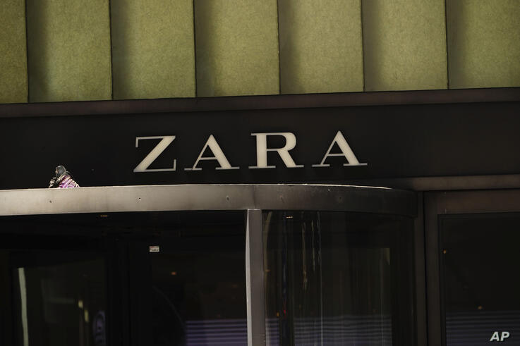 Photo by: John Nacion/STAR MAX/IPx 2020 5/20/20 A view of Zara Store during the coronavirus pandemic on May 20, 2020 in 5th Ave…