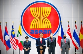 Indonesian President Joko Widodo speaks during a news conference after attending the ASEAN leaders' summit at the Association…