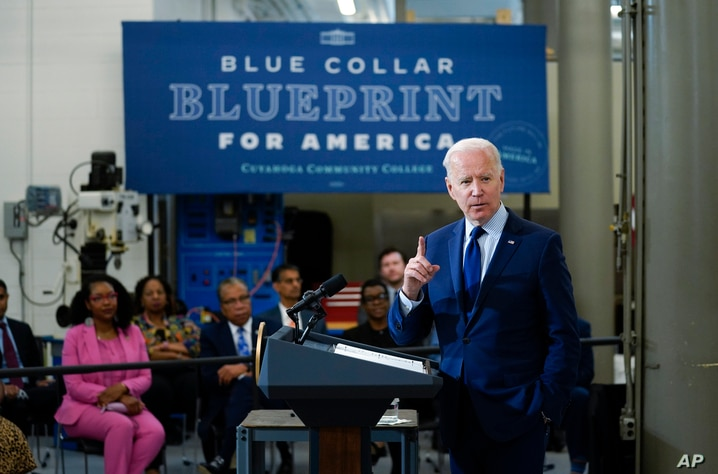 President Joe Biden delivers remarks on the economy at the Cuyahoga Community College Metropolitan Campus, Thursday, May 27,…