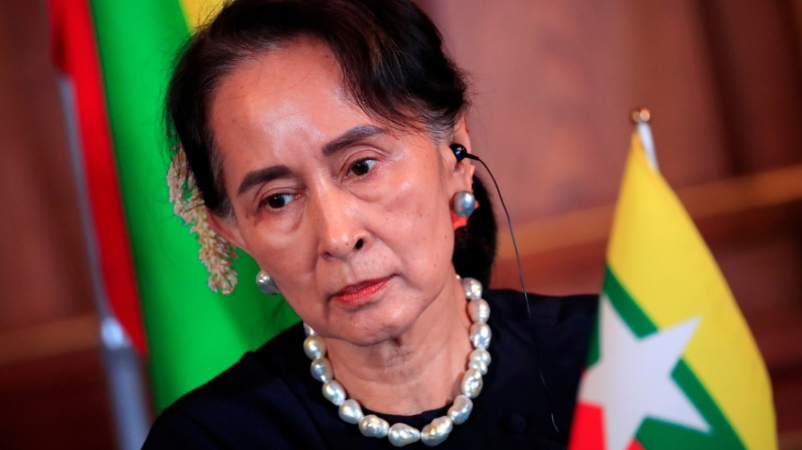 FILE PHOTO: Myanmar's State Counsellor Aung San Suu Kyi attends the joint news conference of the Japan-Mekong Summit Meeting at…