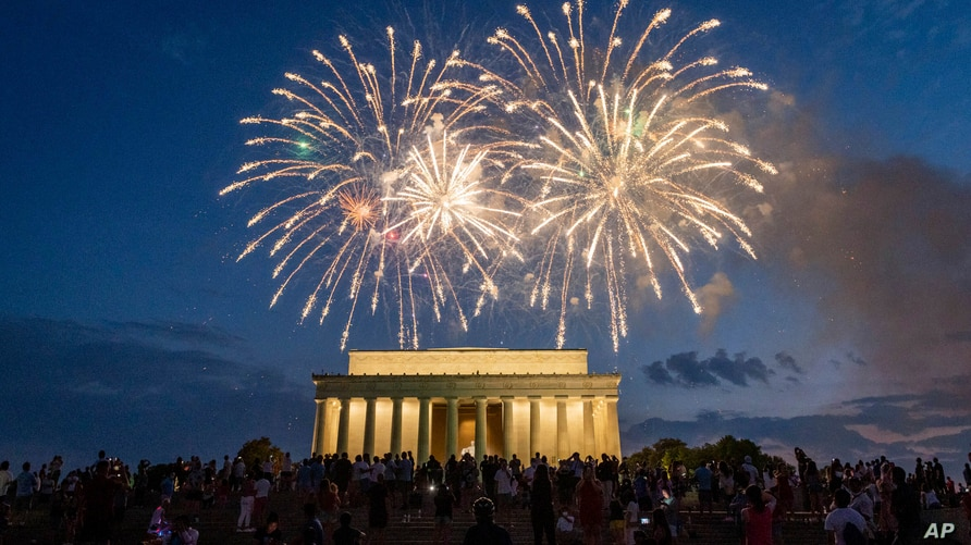 Photo by: Mihoko Owada/STAR MAX/IPx 2021 7/4/21 Americans get ready to celebrate July 4th, Independence Day. Many celebrations…