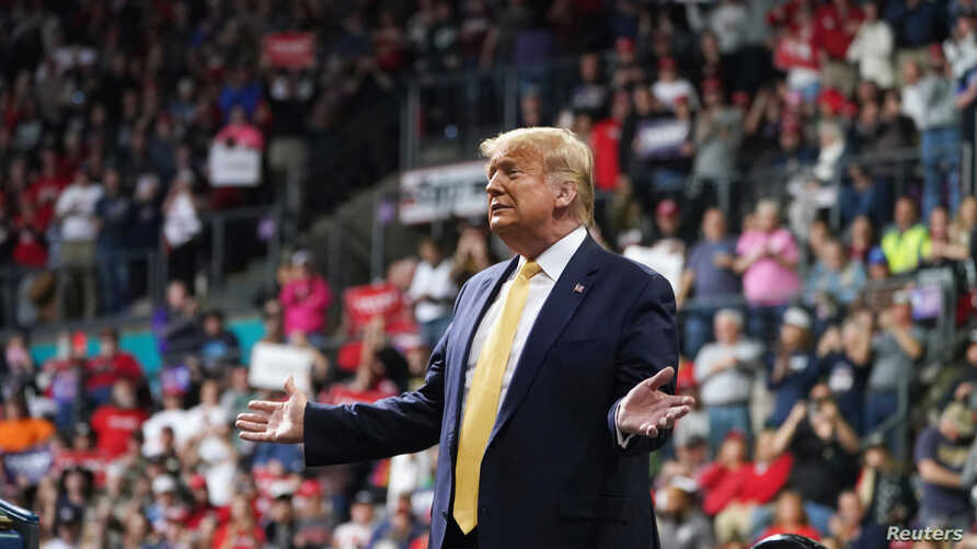 U.S. President Donald Trump holds a campaign rally in Colorado Springs, Colorado, February 20, 2020. REUTERS/ Kevin Lamarque