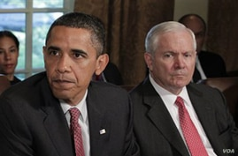 El presidente Barack Obama y el secretario de Defensa, Robert Gates.