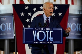 Democratic presidential candidate former Vice President Joe Biden speaks at Cincinnati Museum Center at Union Terminal in…