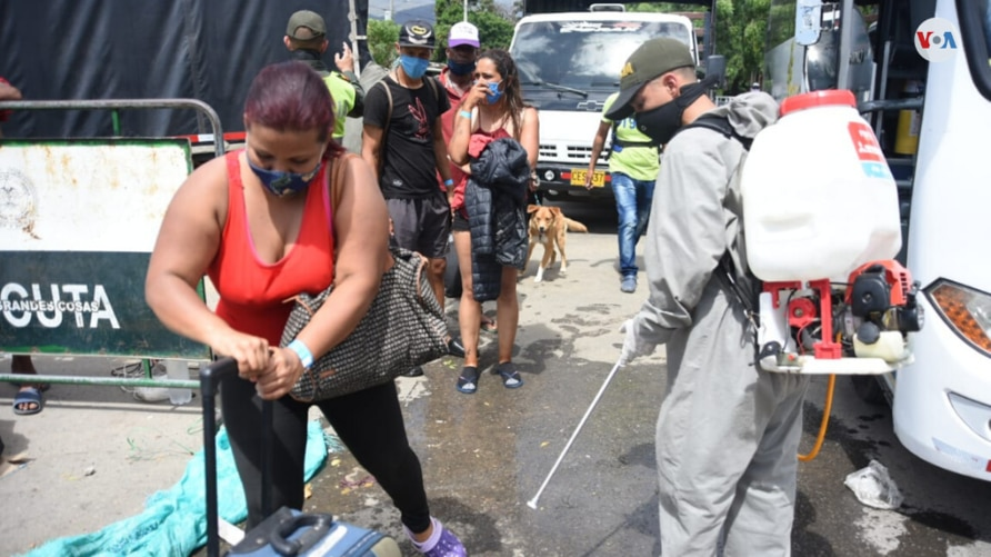 Transitory shelter opened for Venezuelans stranded on the Cúcuta border