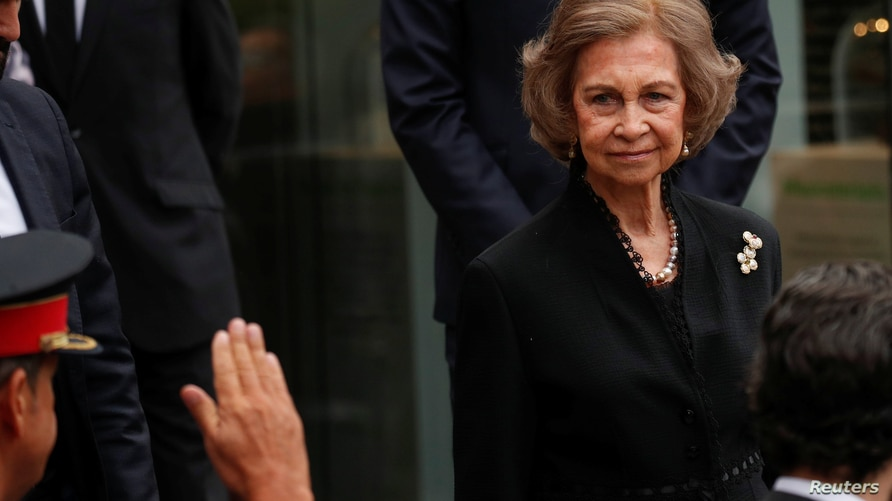 Spain's former queen Sofia leaves the funeral of Spanish opera singer Montserrat Caballe at the funeral home in Barcelona,…
