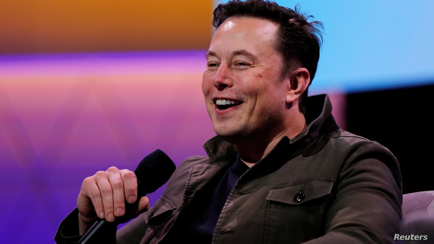 FILE PHOTO: SpaceX owner and Tesla CEO Elon Musk speaks during a conversation with legendary game designer Todd Howard (not…