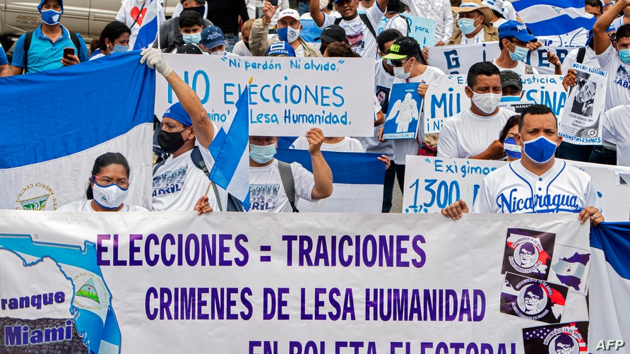 Nicaraguans living in Costa Rica demonstrate in San Jose to commemorate the third anniversary of the beginning of the protests…