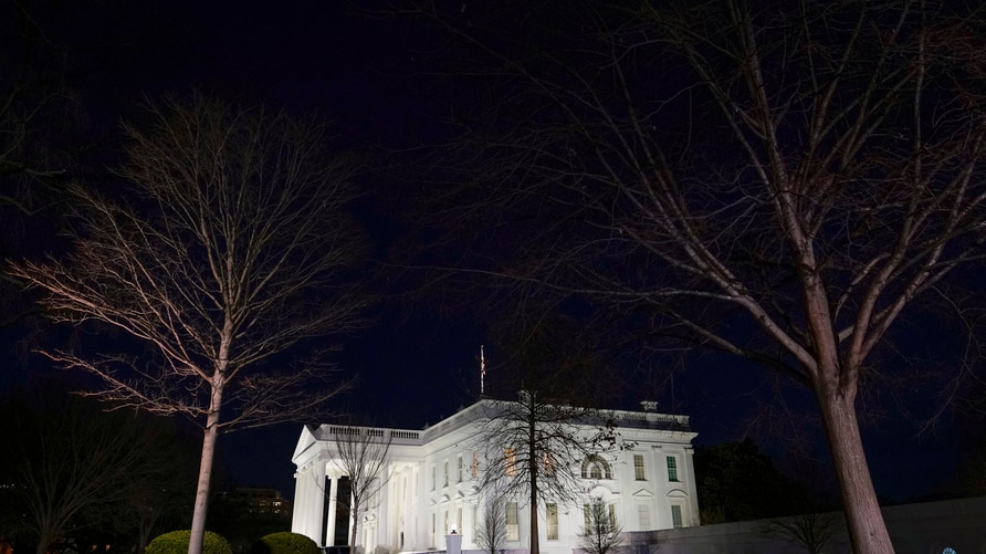 Lights shine on the White House, Thursday, Jan. 7, 2021, in Washington. (AP Photo/Patrick Semansky)