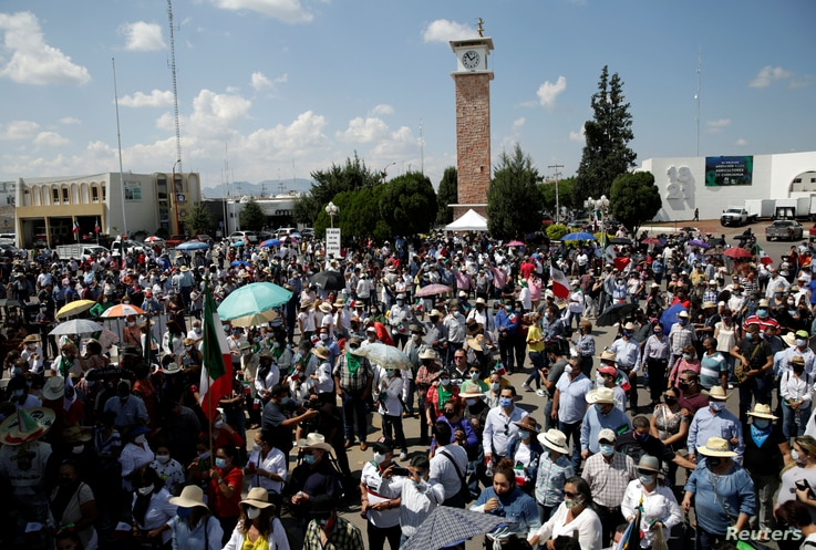 Protest against the decision of the Mexican government to divert water from La Boquilla dam to the U.S., in Delicias
